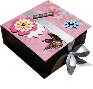 Une boite cadeau personnalisée pour ranger vos bijoux