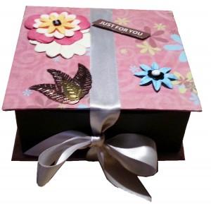 Une boite cadeau originale et personnalisée