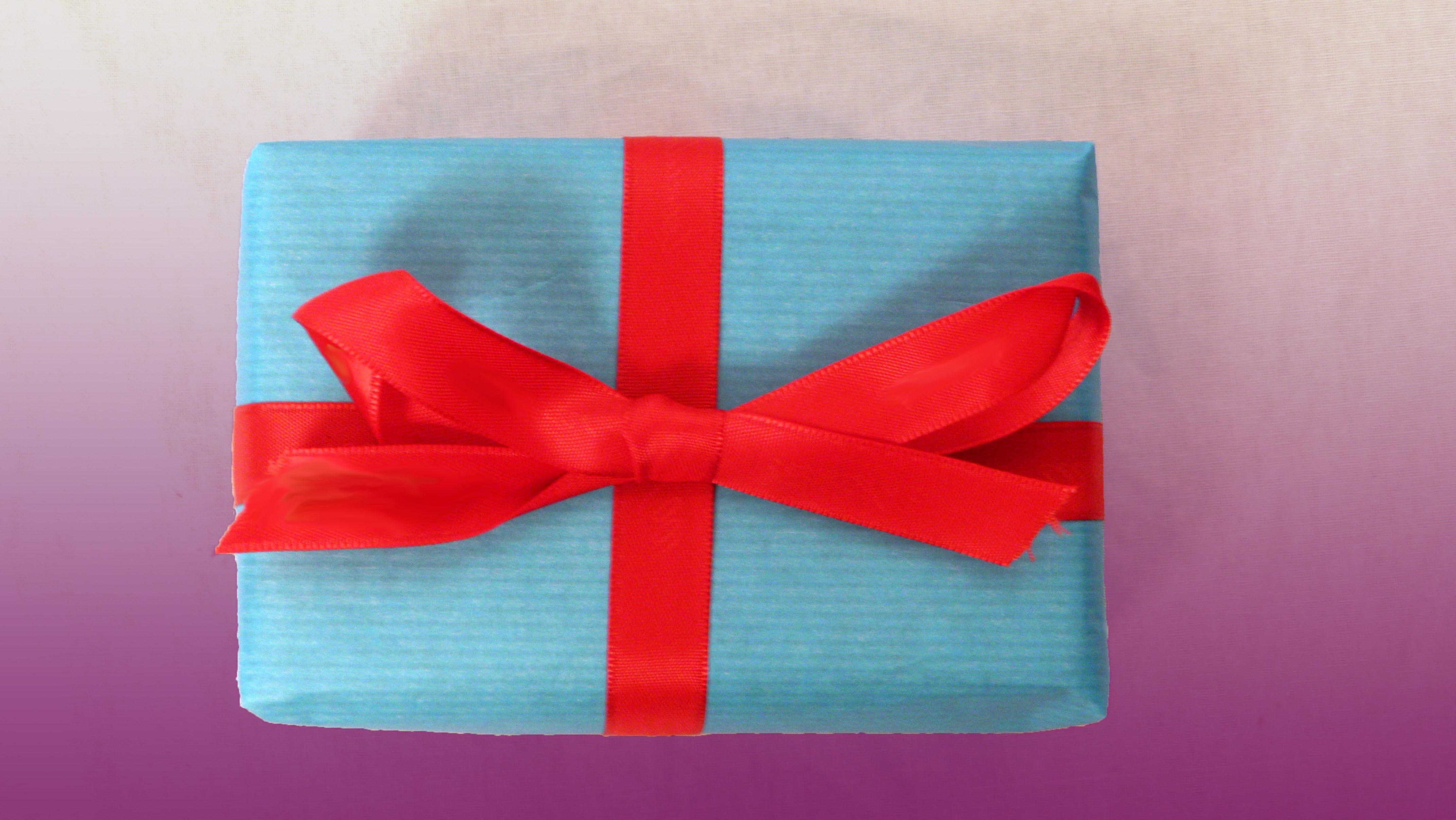 #950E16 Décorer Son Emballage Cadeau Emballage Cadeau 5335 décorations de noel avec ruban 4288x2416 px @ aertt.com