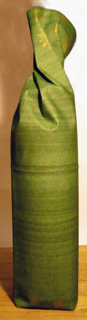emballage-bouteille-serviette-3