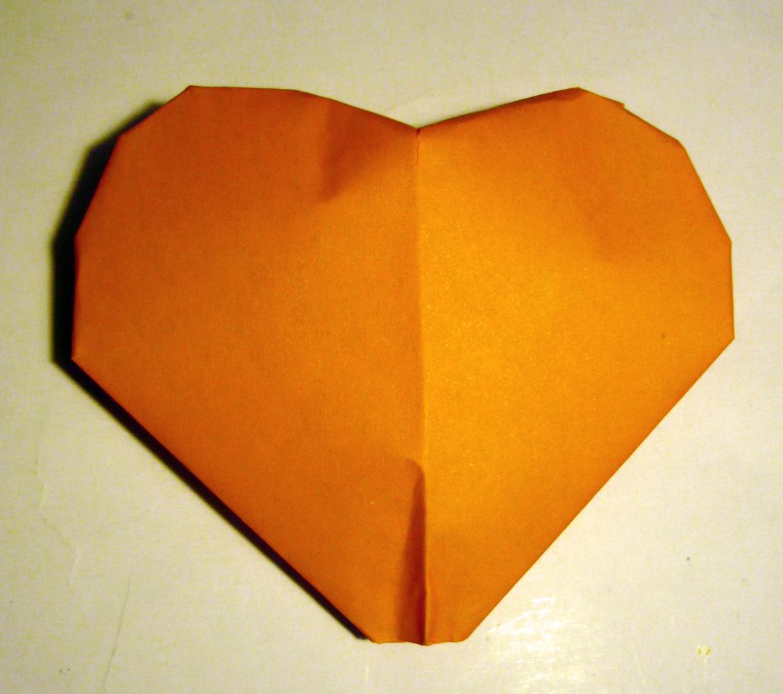 Saint valentin c ur en origami emballage cadeau - Origami boite coeur ...