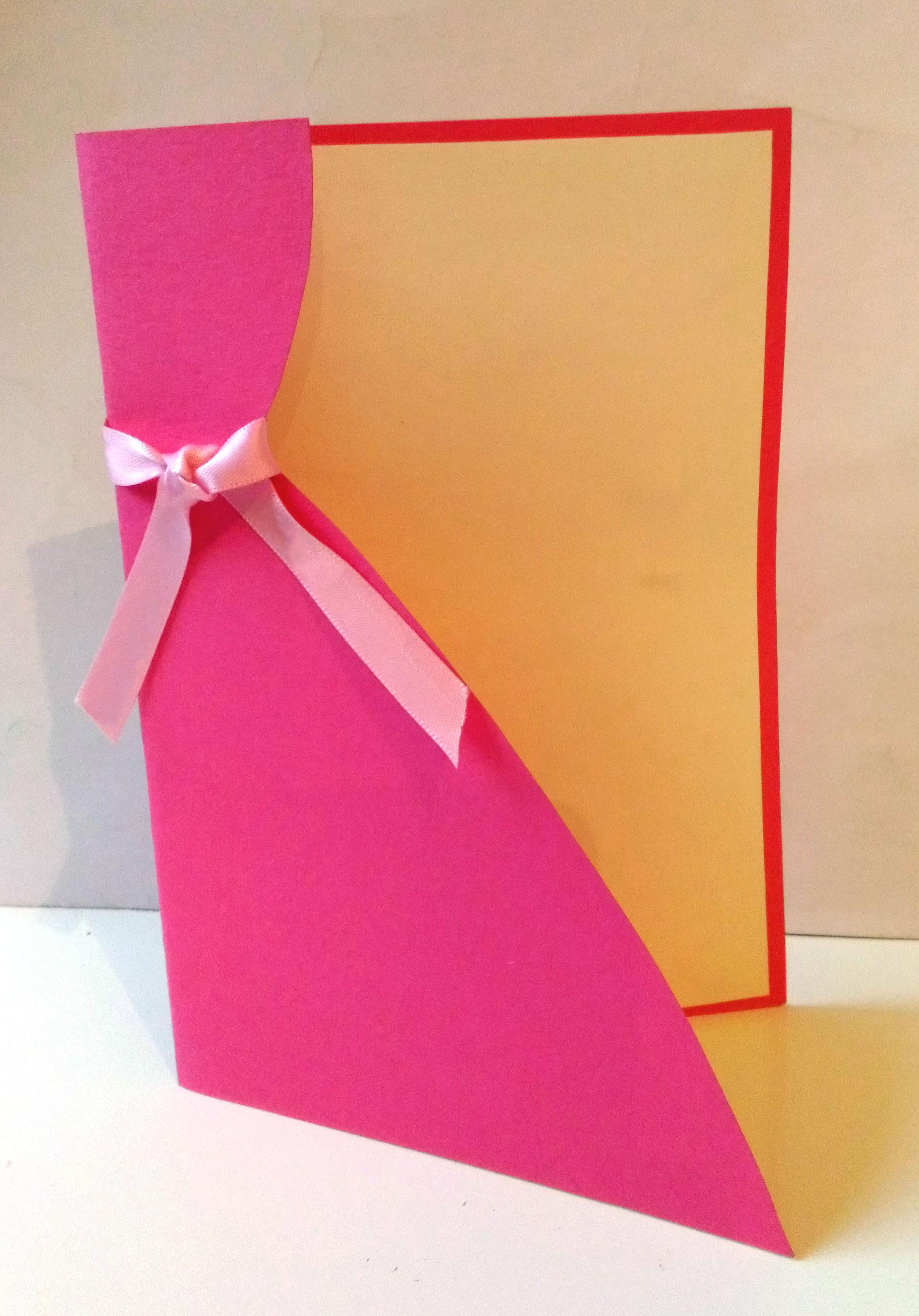 f te des grands m res une carte en forme de robe de princesse emballage cadeau. Black Bedroom Furniture Sets. Home Design Ideas