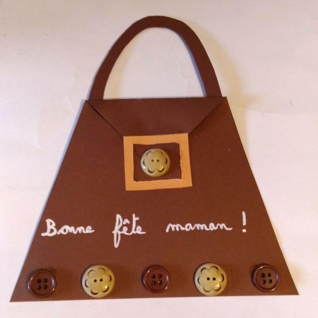 une carte pour la f te des m res en forme de sac main emballage cadeau. Black Bedroom Furniture Sets. Home Design Ideas
