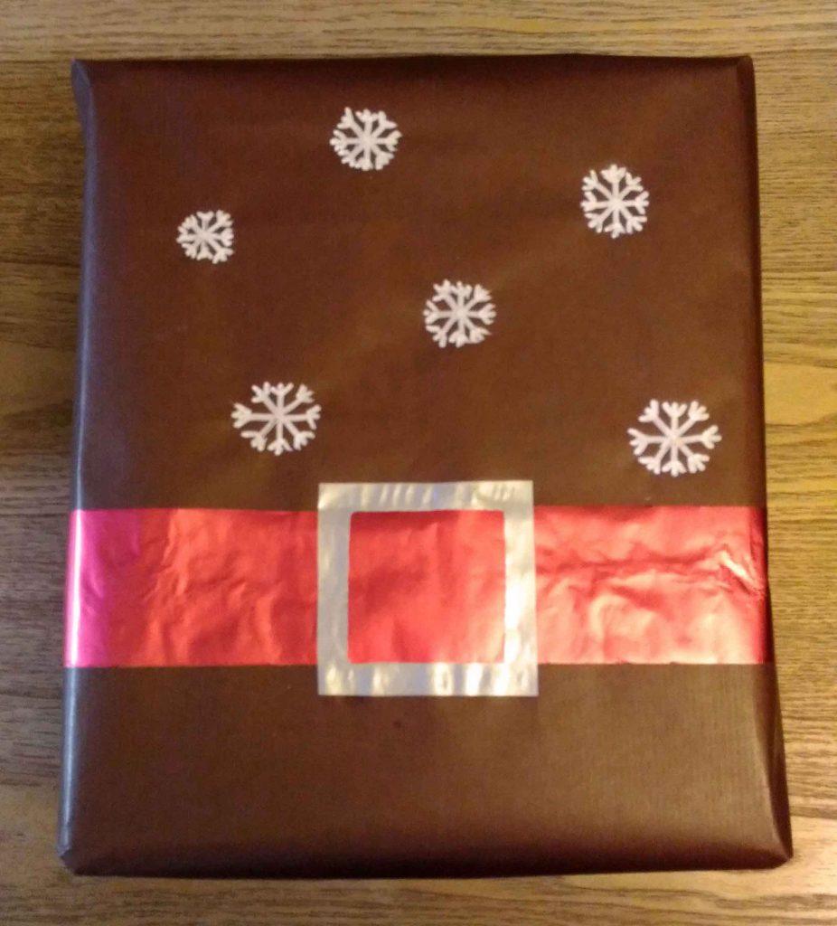emballage cadeau de no l le p re no l revisit emballage cadeau. Black Bedroom Furniture Sets. Home Design Ideas